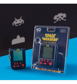 Retro Space Invaders Keyring Arcade Game
